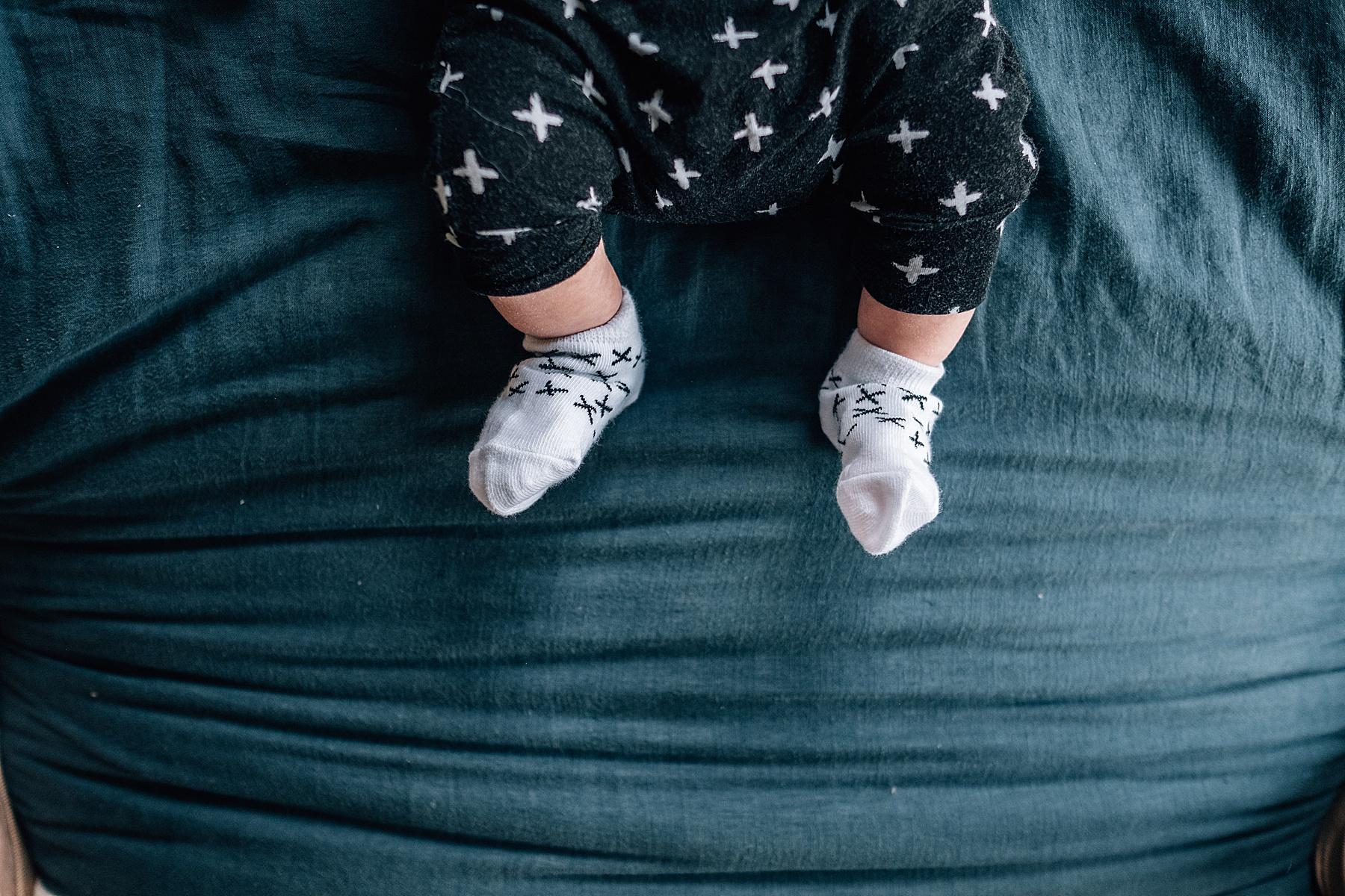 little toes Newborn lifestyle session Barwon Heads.jpg