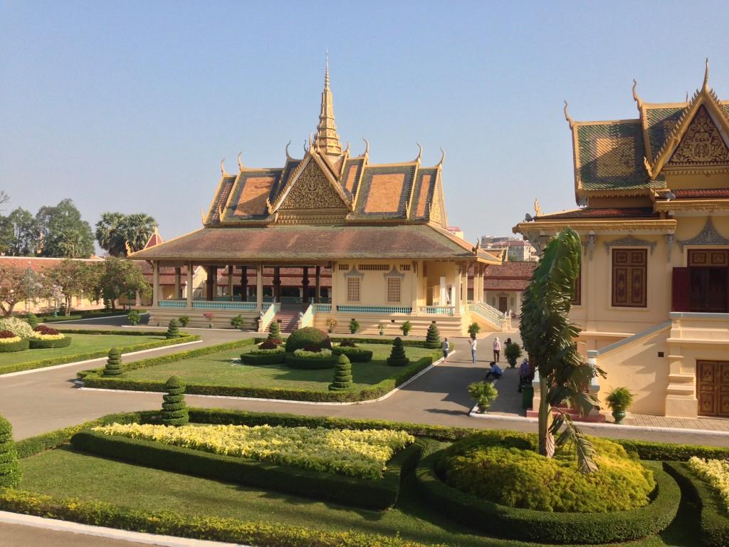 Royal-Palce-complex-Phnom-Penh-1024x768.jpg
