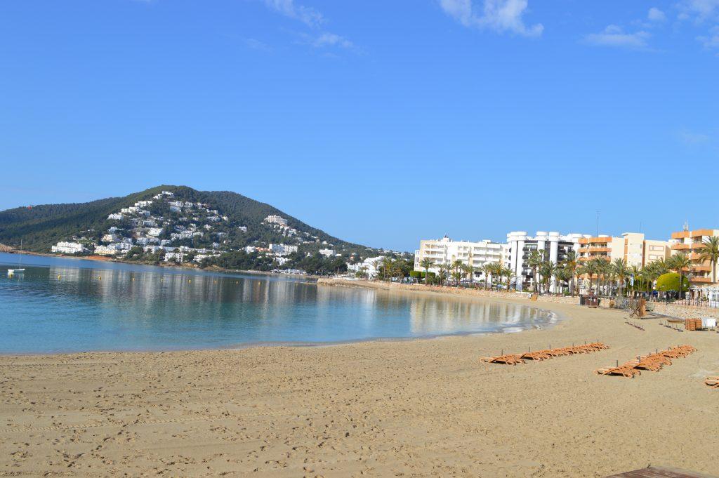 beach-at-ibiza-1024x681.jpg