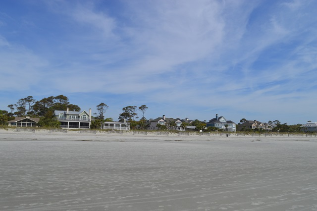 Relax on Hilton Head's beaches or tee off on a golf course.