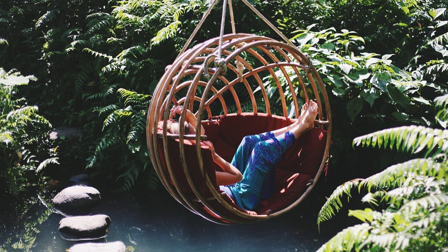 hanging+chair in Ubud Bali | responsible tourism | sustainable travel | make travel matter