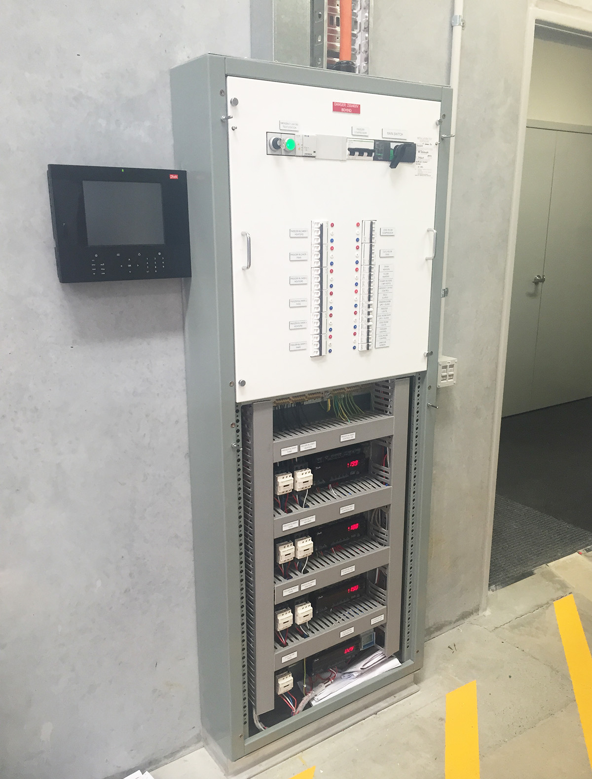 Large_Storage_Warehouse_Freezer_Switchboard.jpg