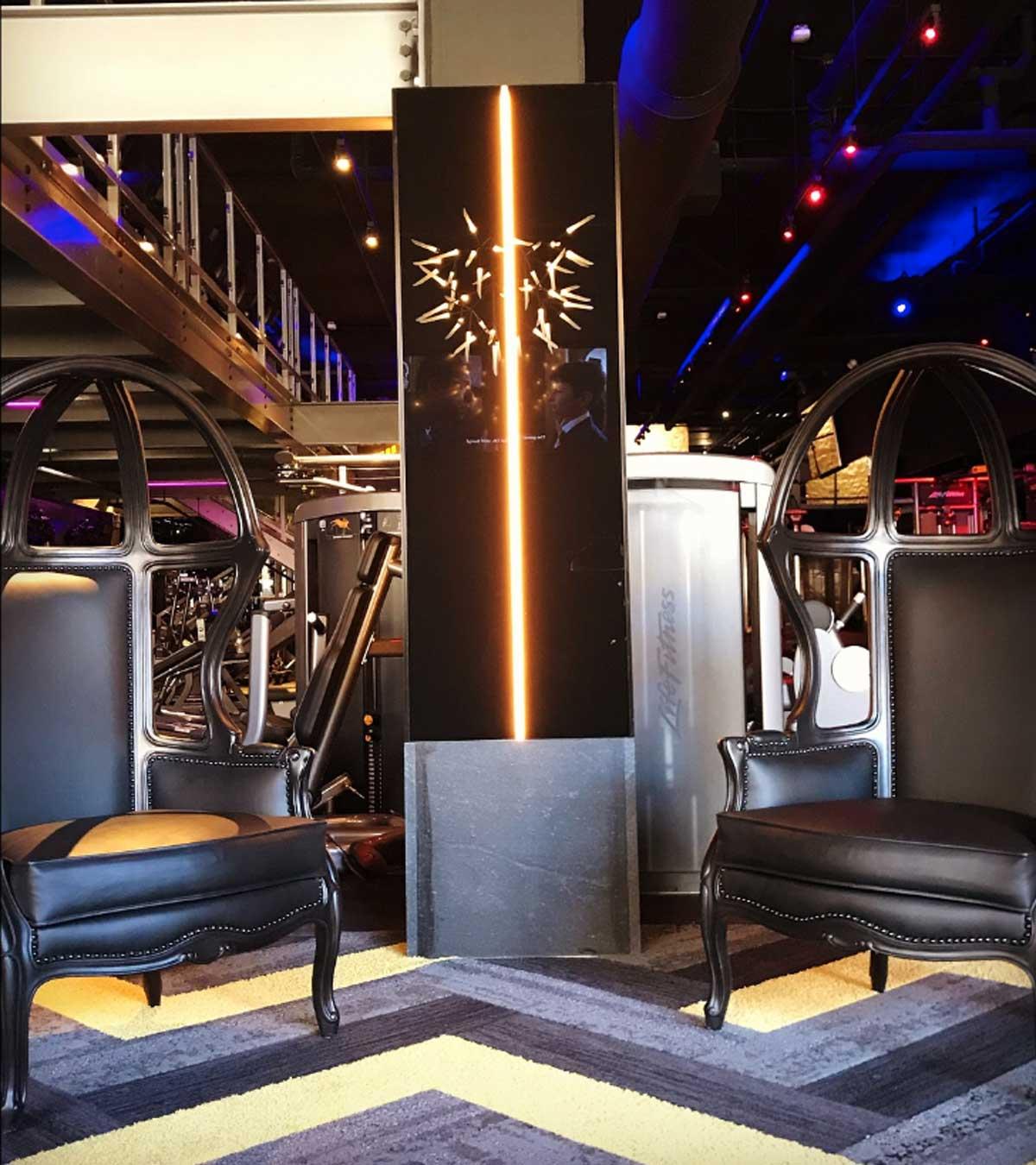 mode-chairs-light.jpg