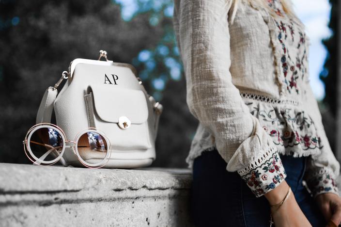 personalised branded_bag_704x480.jpg
