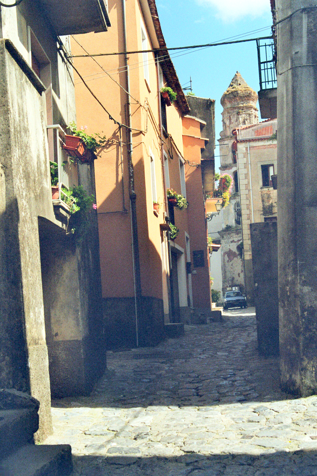 10.Via Roma met de Chiesa San Gaetano.jpg
