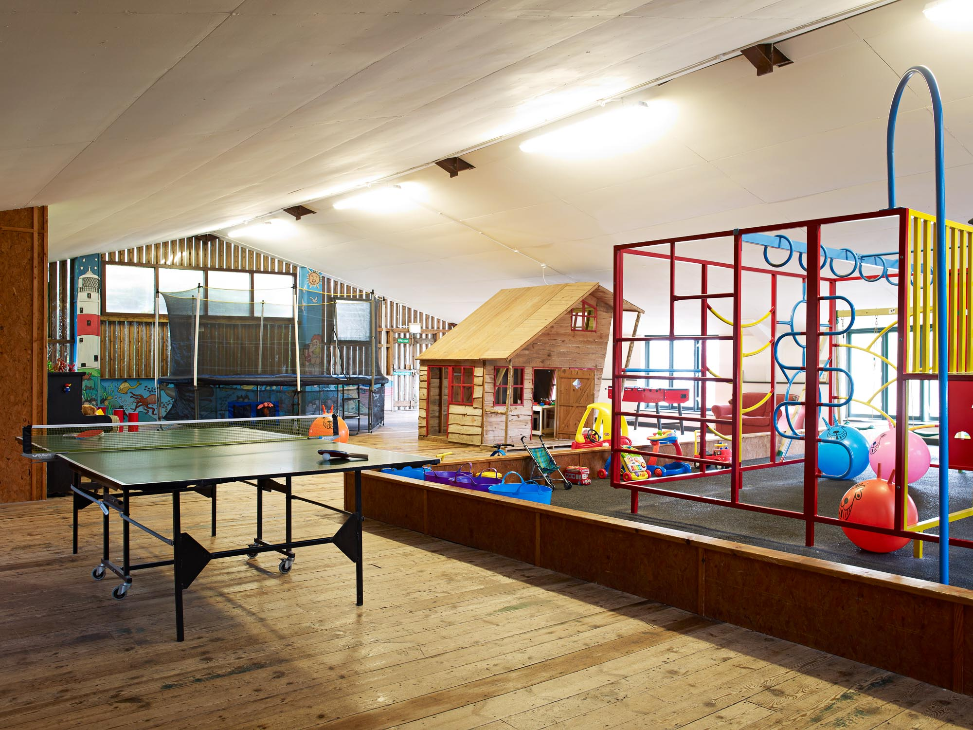 FF Pool & Barn 45246.jpg
