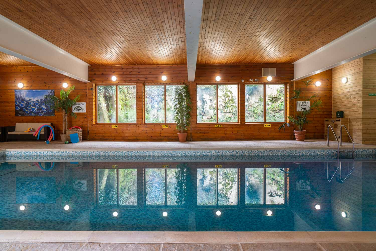 Flear Farm Cottages Heated Indoor Pool