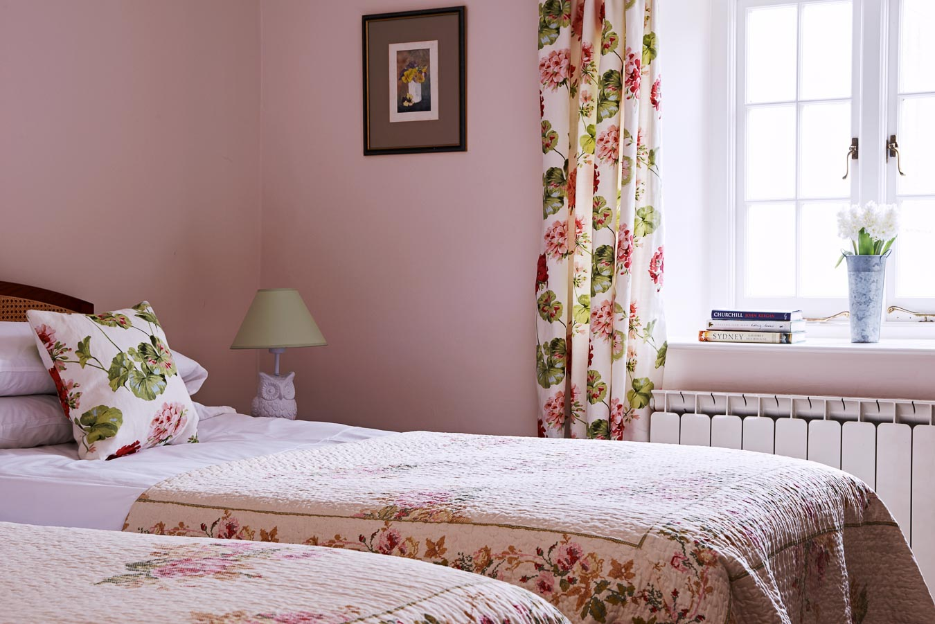 One of the twin rooms in Flear house. The Pink room has divan beds that can in turn make a superking.