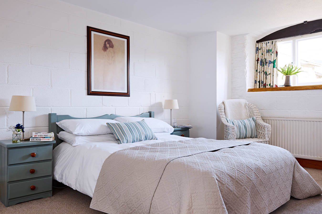 The perfect getaway and retreat for the family. The master bedroom in Stalls cottage offers all you need to have a relaxing holiday in the country side. Devon holidays.