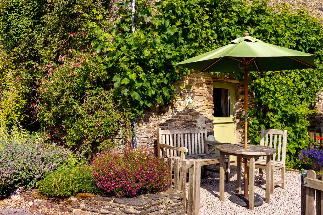 1843 – part of Flear Farm holiday cottages complex offering unrivalled facilities – sleeps 3