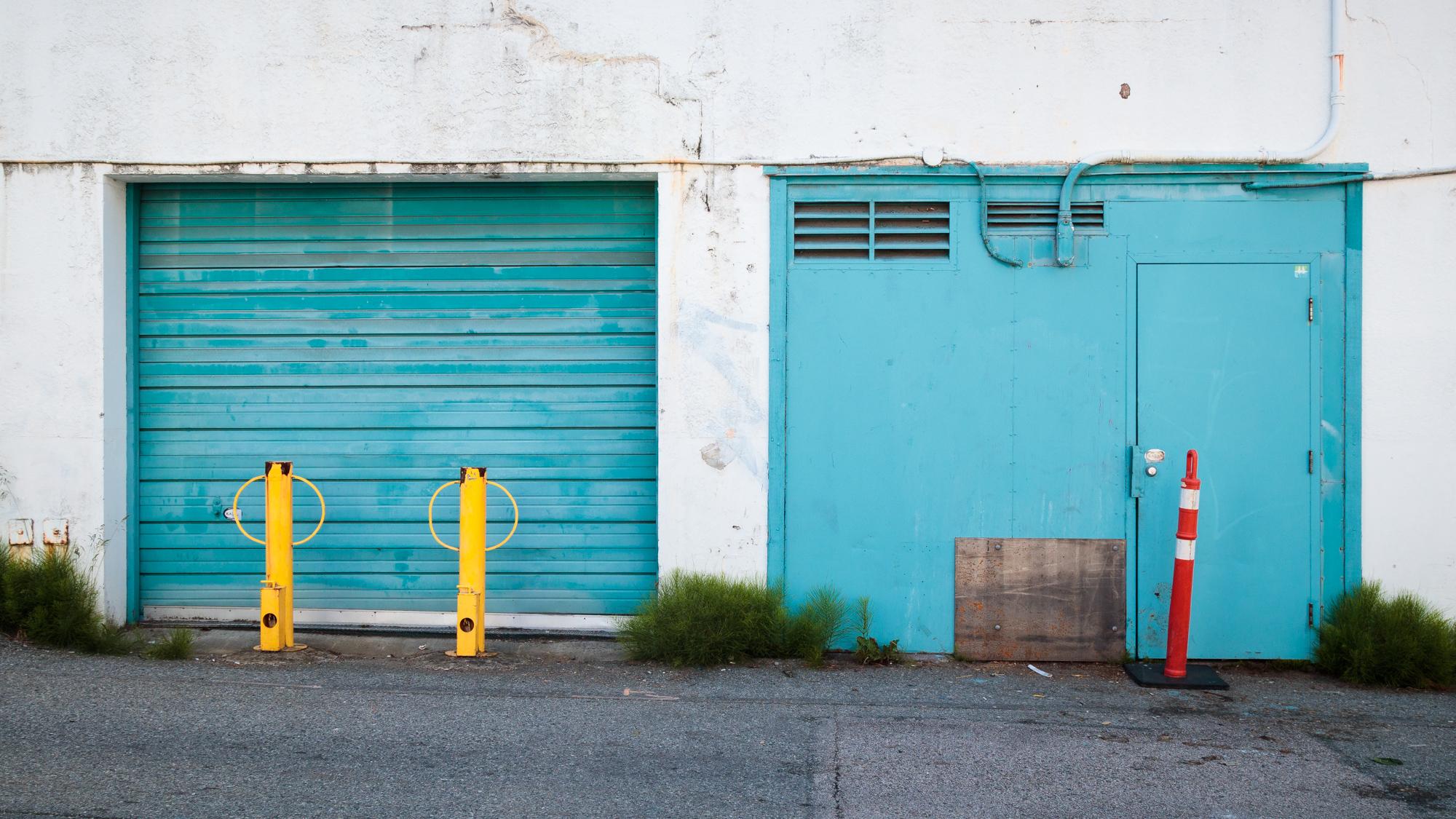 garage9700.jpg