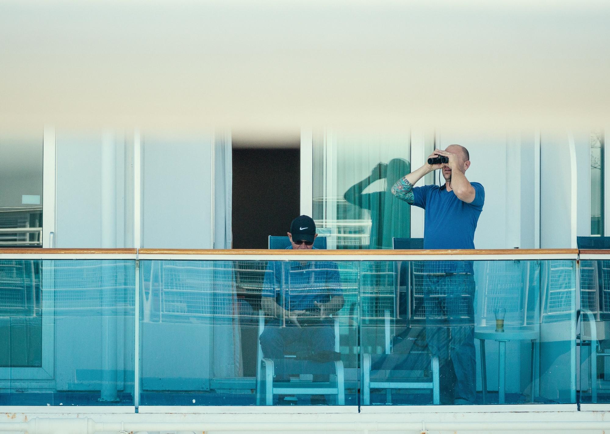y-binoculars6829-Exposure.jpg