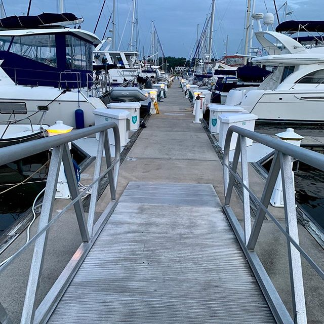 Beautiful evening on Pier D. Even though I spend most of@my time in front of a computer, sunsets on the water still feel personal and special.  #westsail32  #beautifulevenings #liveaboard
