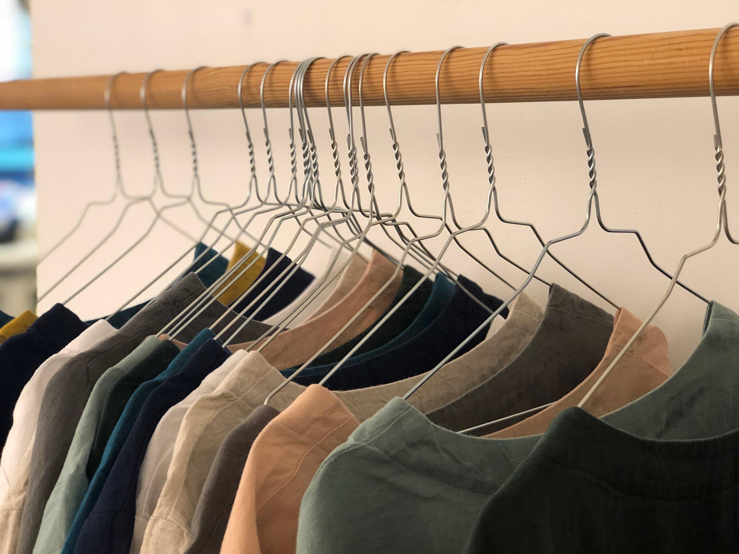 Kleidung und Schuhe -