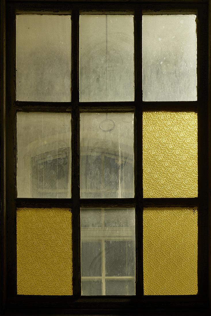 window nr1.jpg