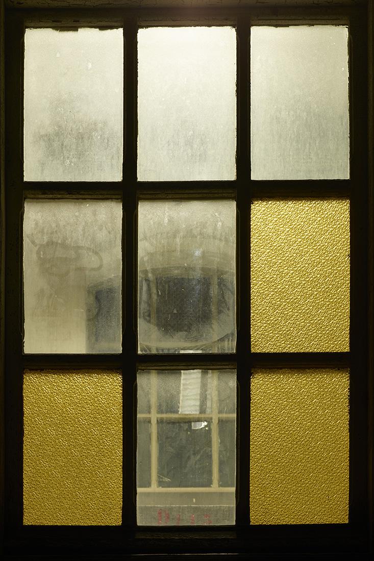 window nr2.jpg
