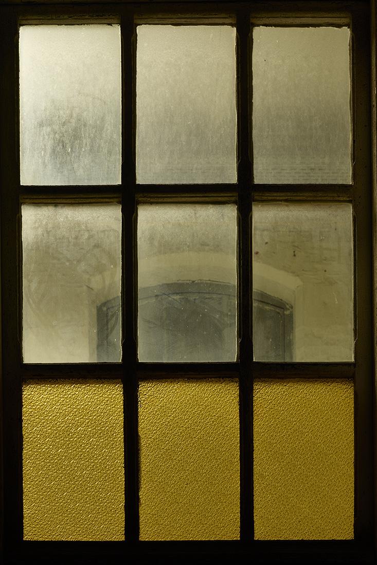 window nr3.jpg