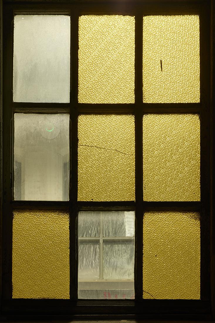 window nr5.jpg