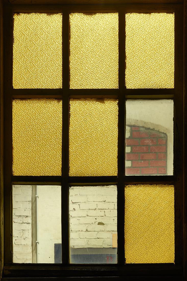 window nr8.jpg