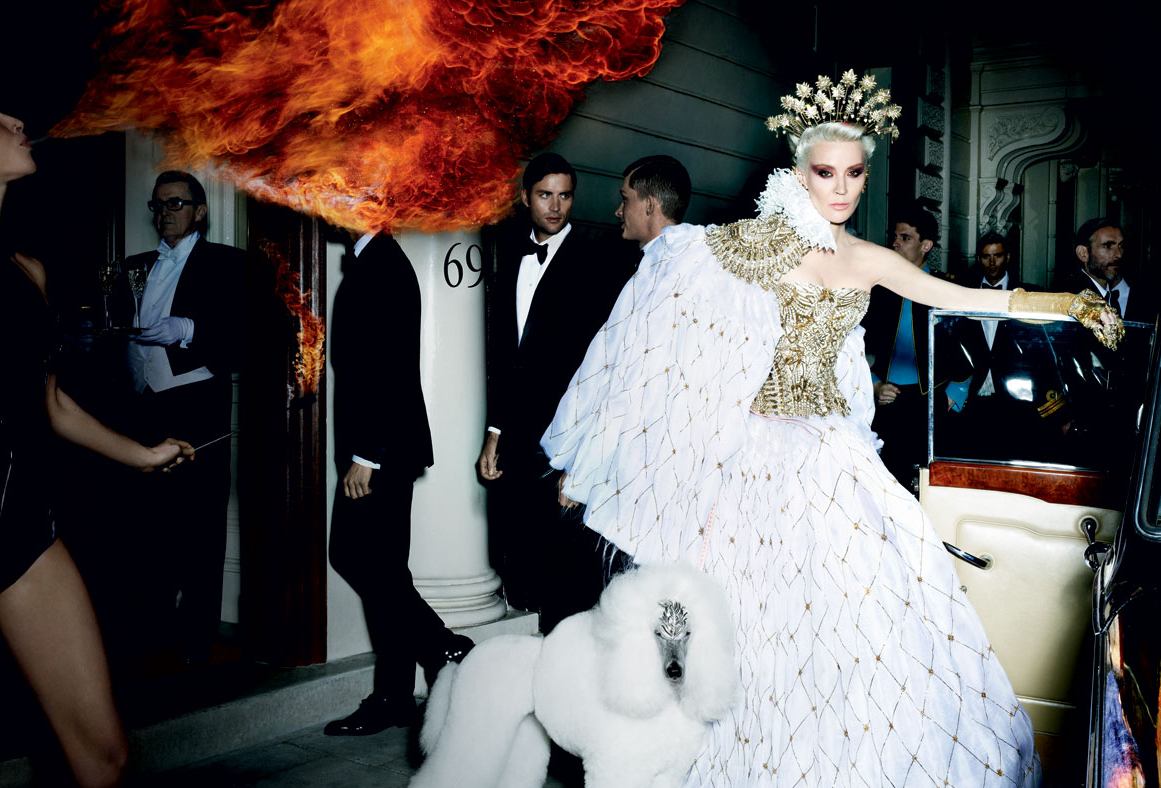 Photo by Mario Testino for Vanity Fair.