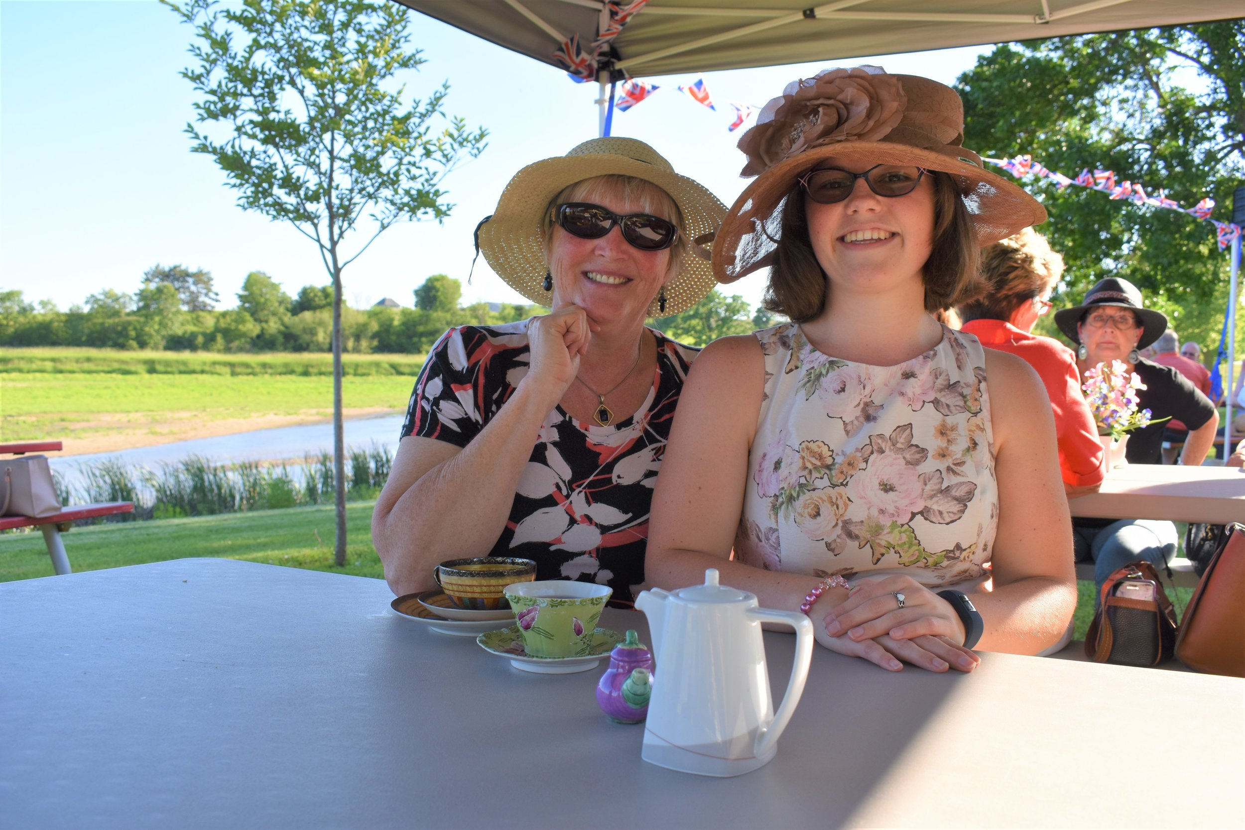 Enjoying some tea are L to R Jan Fick and Annalies Brander