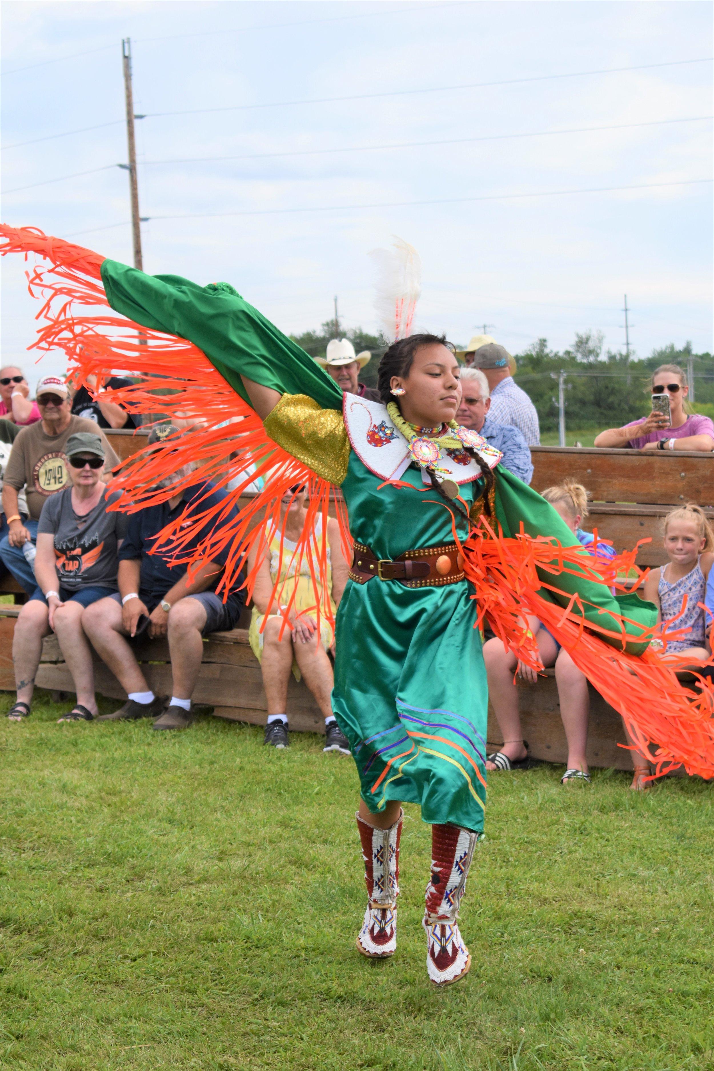 Fancy Shawl Dancer and Neeshla Powwow Princess Destiny White Cloud