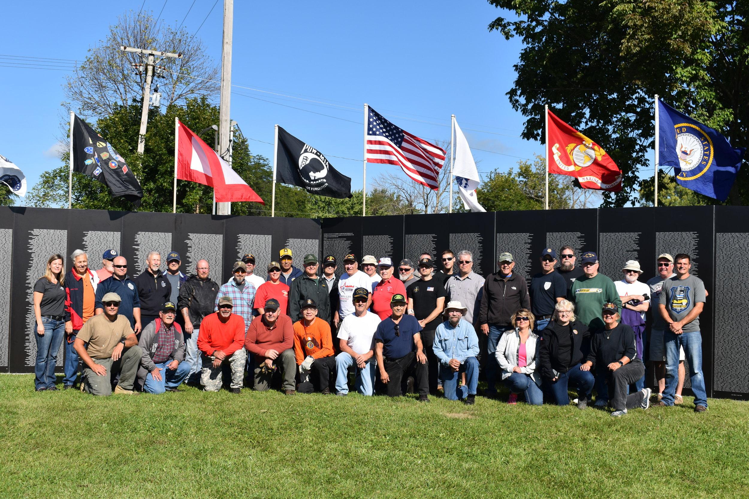 Veteran volunteers that assembled the memorial.