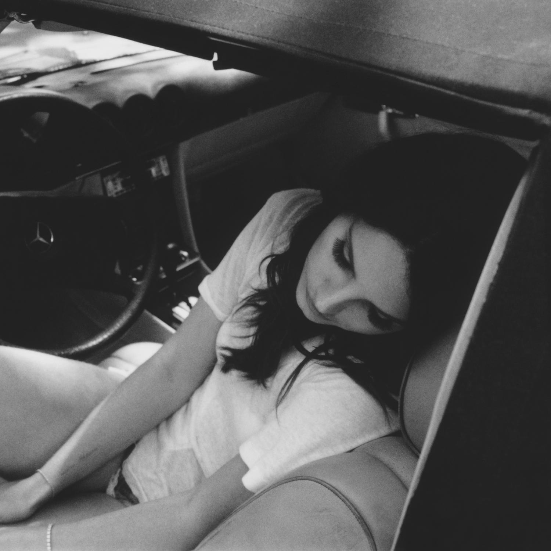 18 - Lana Del Rey - Neil Krug.jpg