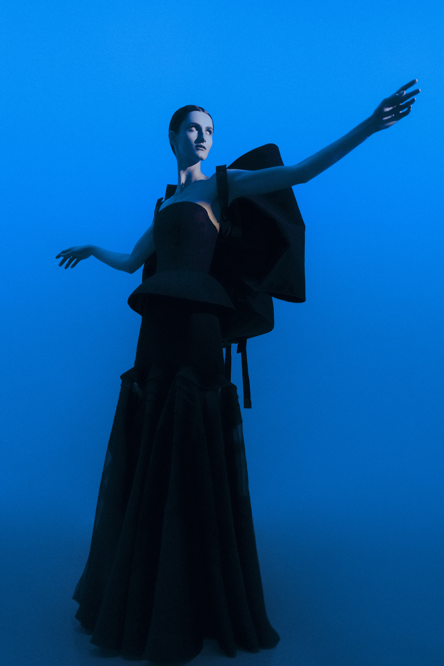 18 - Givenchy Haute Couture - Neil Krug.jpg
