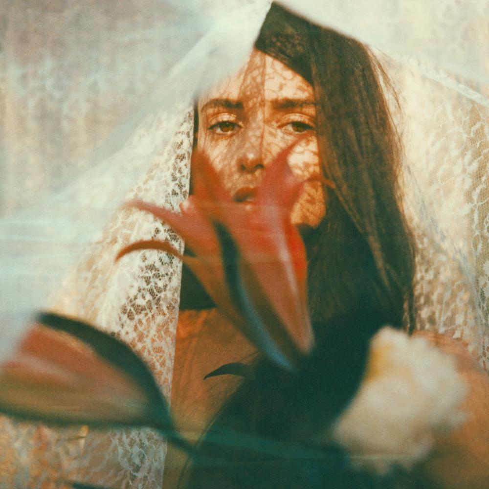 21 - Carmen Veil.jpg