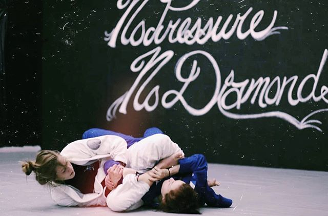 Yeet yeet! @nikkicuddlejitsu is back in the house! See you for a 🔥🔥🔥 general session at 6:30PM!