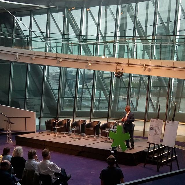 Celebrating London becoming the world's first #NationalParkCity