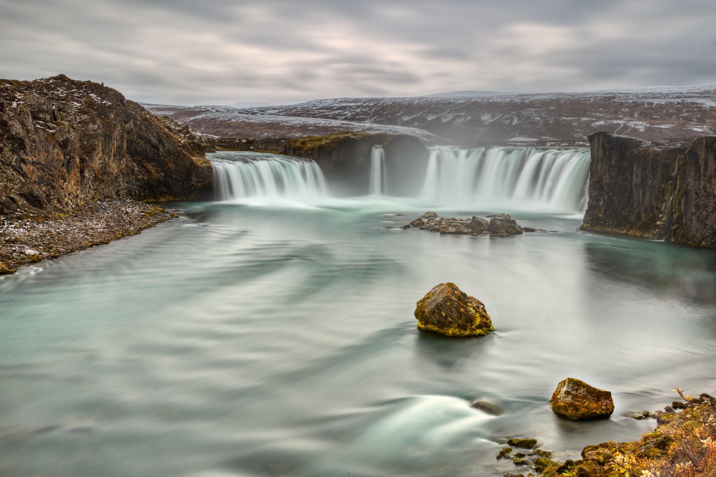 Godafoss - La cascada de los dioses.