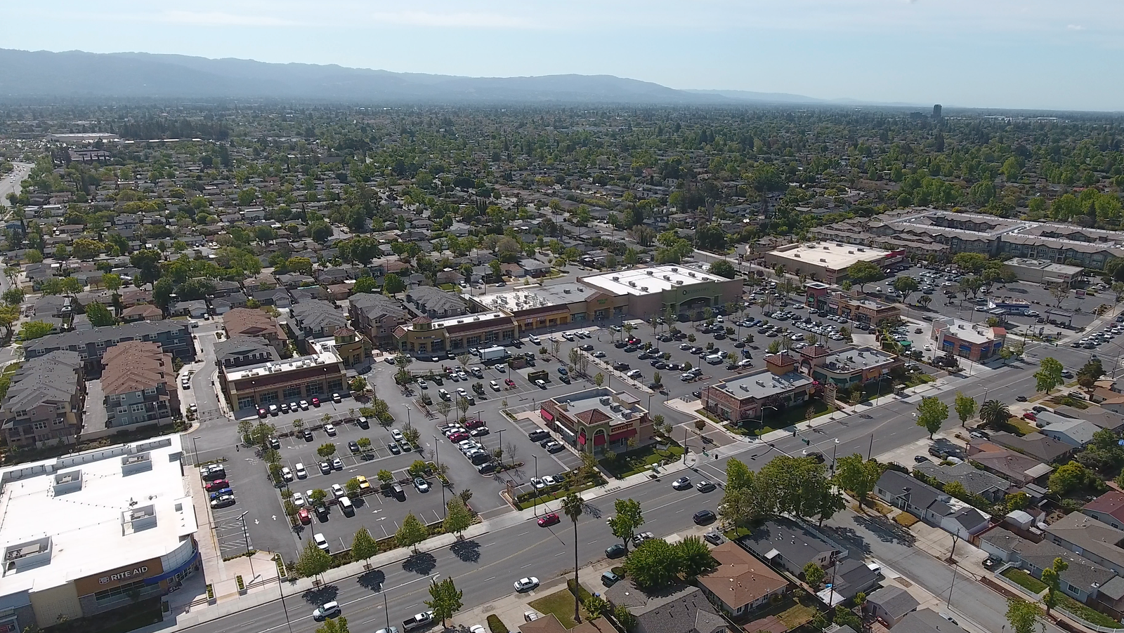 Shopping Center on Hillsdale and Meridian Blu Skye Media-X3.png