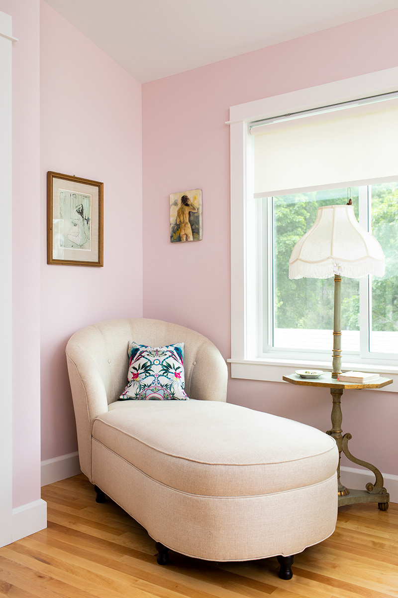 LilyStreet_Bedrooms_Vertical_Retouched_web03.jpg