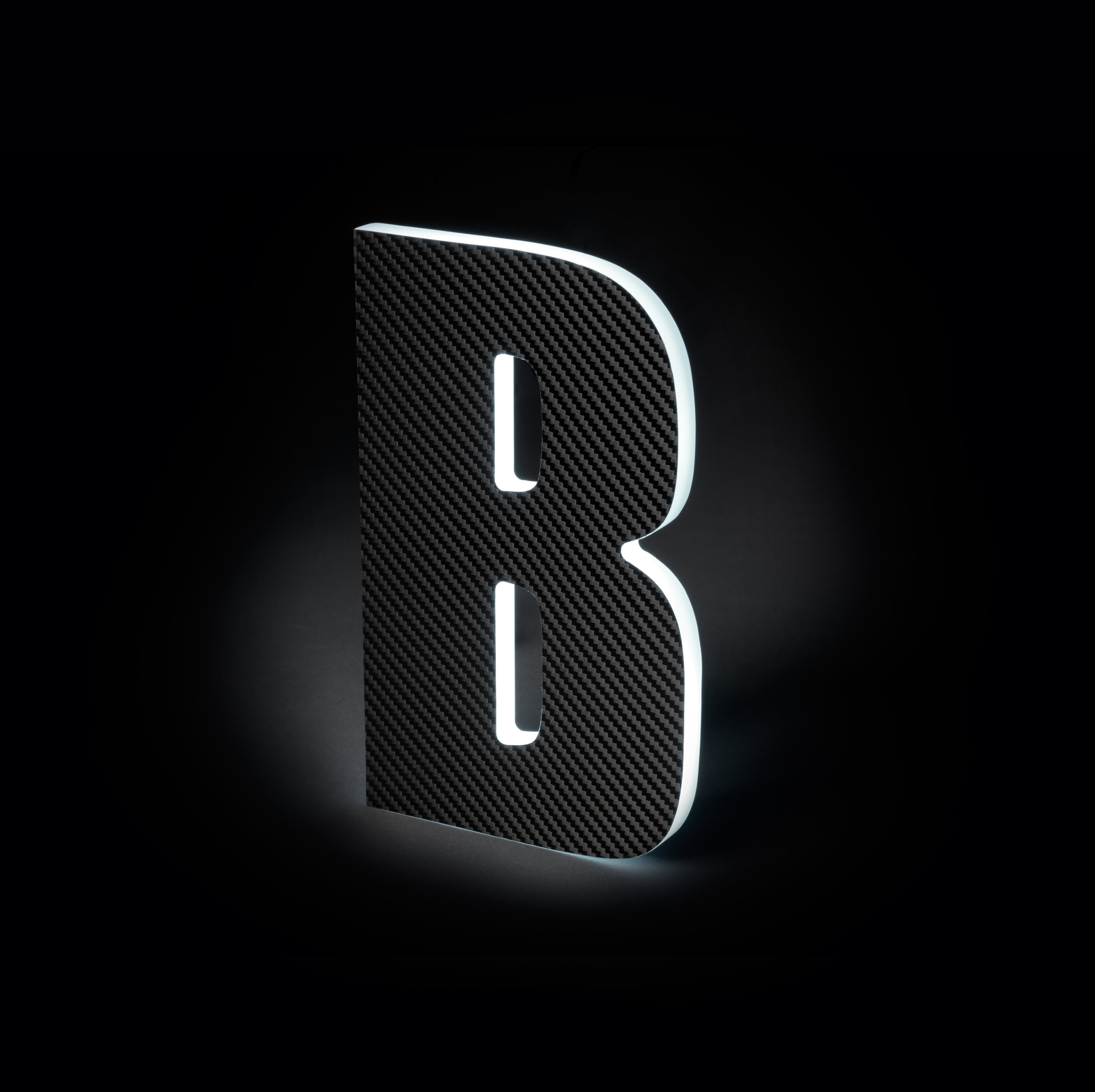 Sidelit Carbon Fiber Black Vinyl with Glowing Sides (thin)