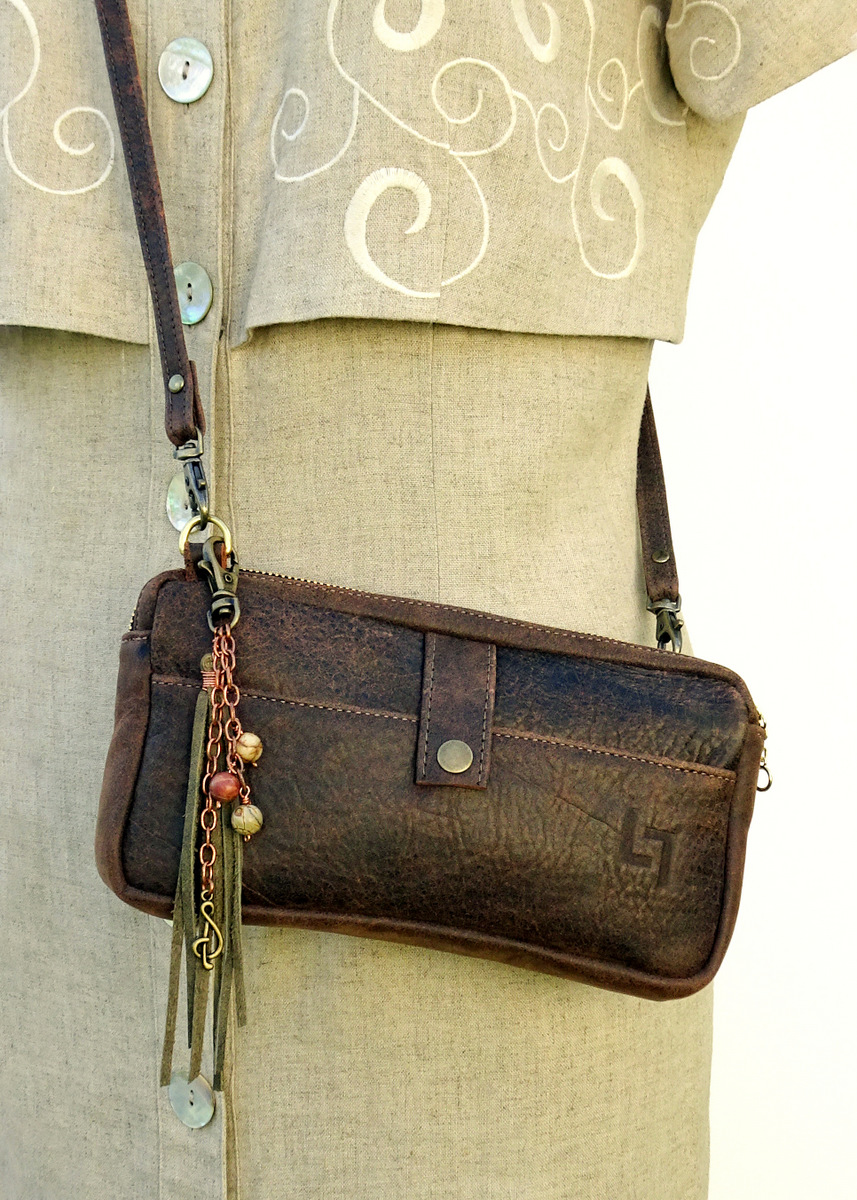 4-Handcrafted Leather Shoulder Bag, Burnin' Man, LaPlace Leather, Memphis Tennessee-002.JPG