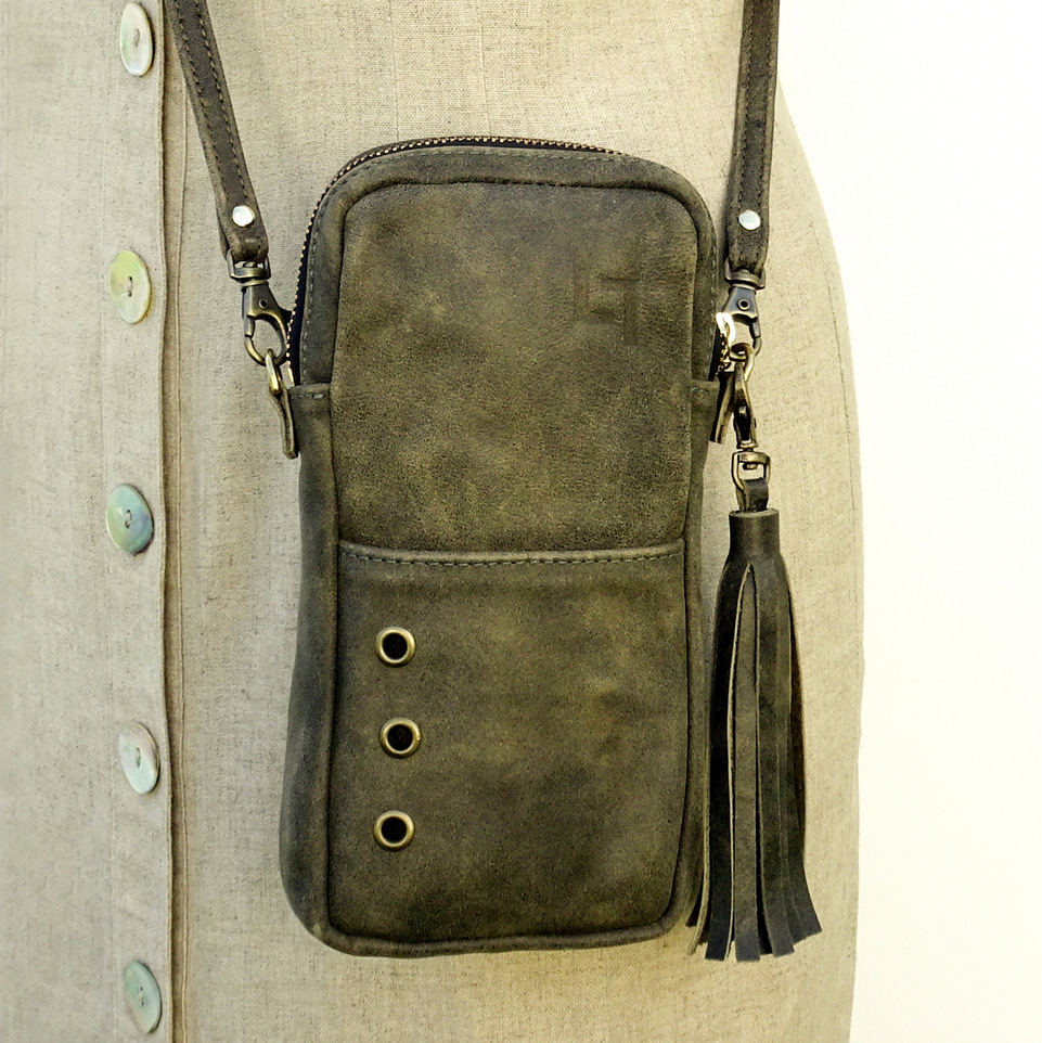 1-Handcrafted Leather Shoulder Bag, The Minimalist, LaPlace Leather, Memphis Tennessee-003.JPG