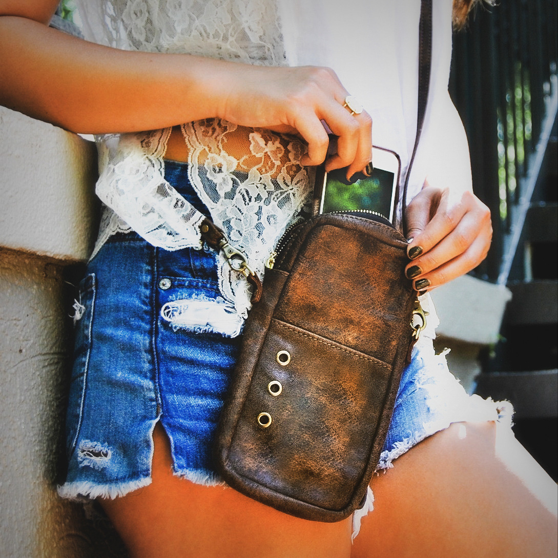 1-Handcrafted Leather Purses, LaPlace Leather, Memphis TN-001.JPG