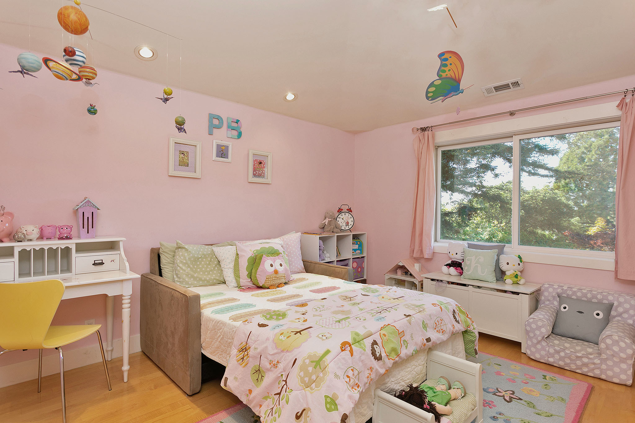 34 bed2.jpg