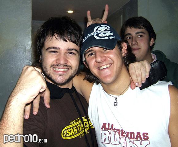"""Pedro con Gonzalo, alias (que nadie usa): """"Zalo"""". Detrás, Gustavo, el único y genuíno."""