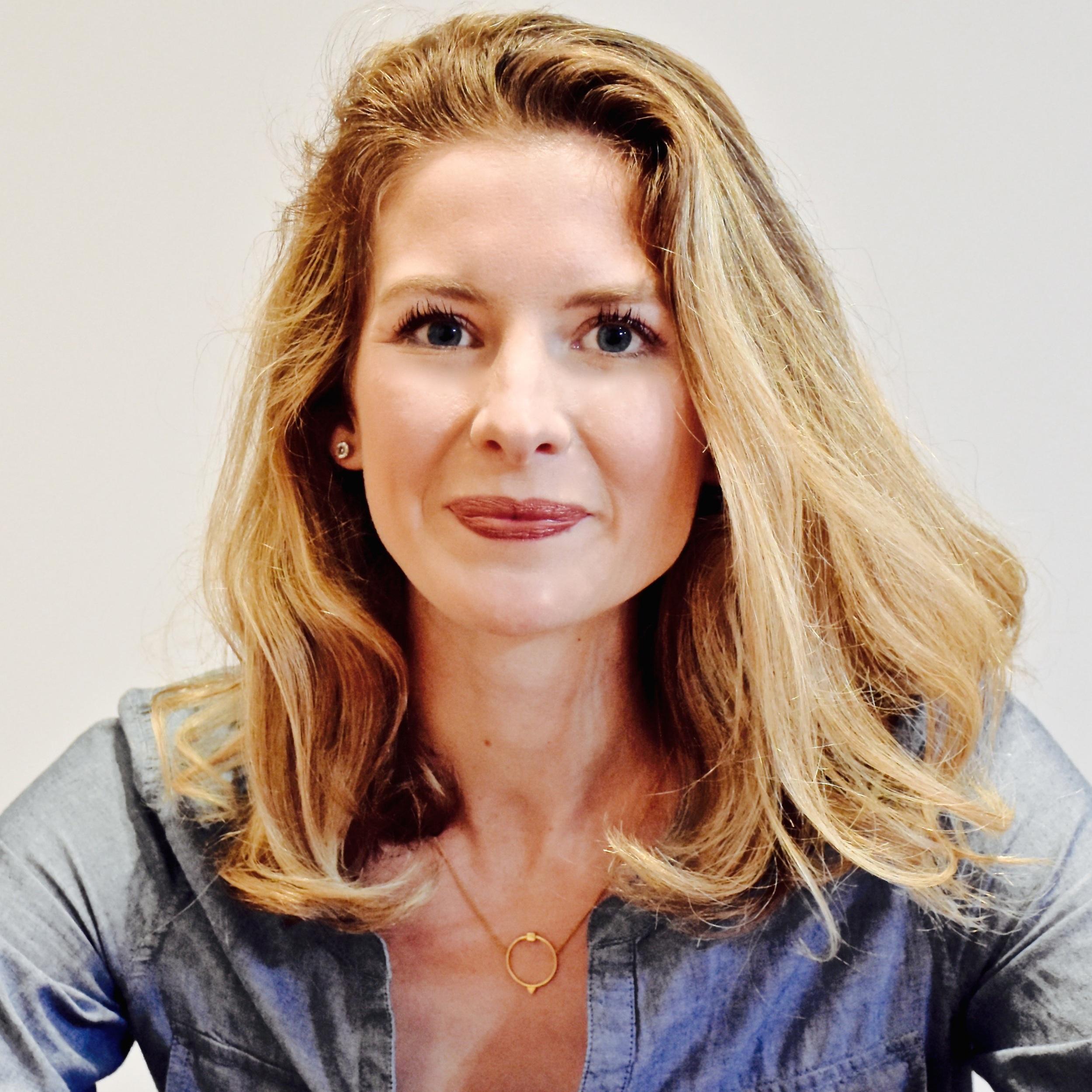 Laura Stratton - Voice & Piano - ljanerobertson@gmail.com