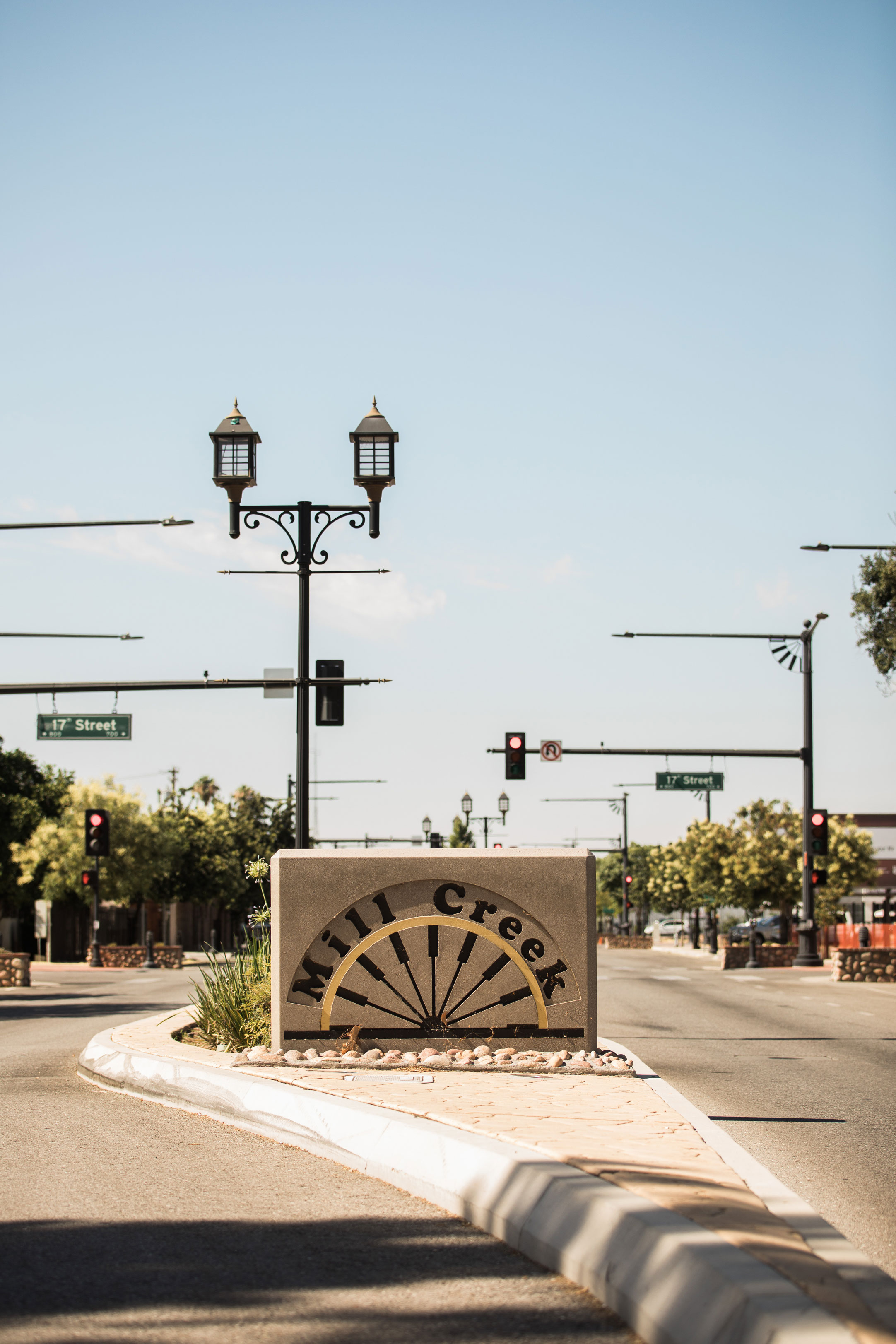 REVITALIZING + REDEFINING BAKERSFIELD'S URBAN CORE - Committees + programs that make Bakersfield a better place to invest, live, work + play