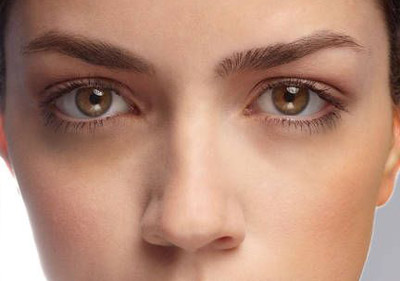 Decreases-under-eye-circles.jpg