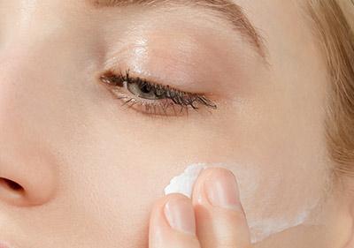 moisturizes-skin.jpg
