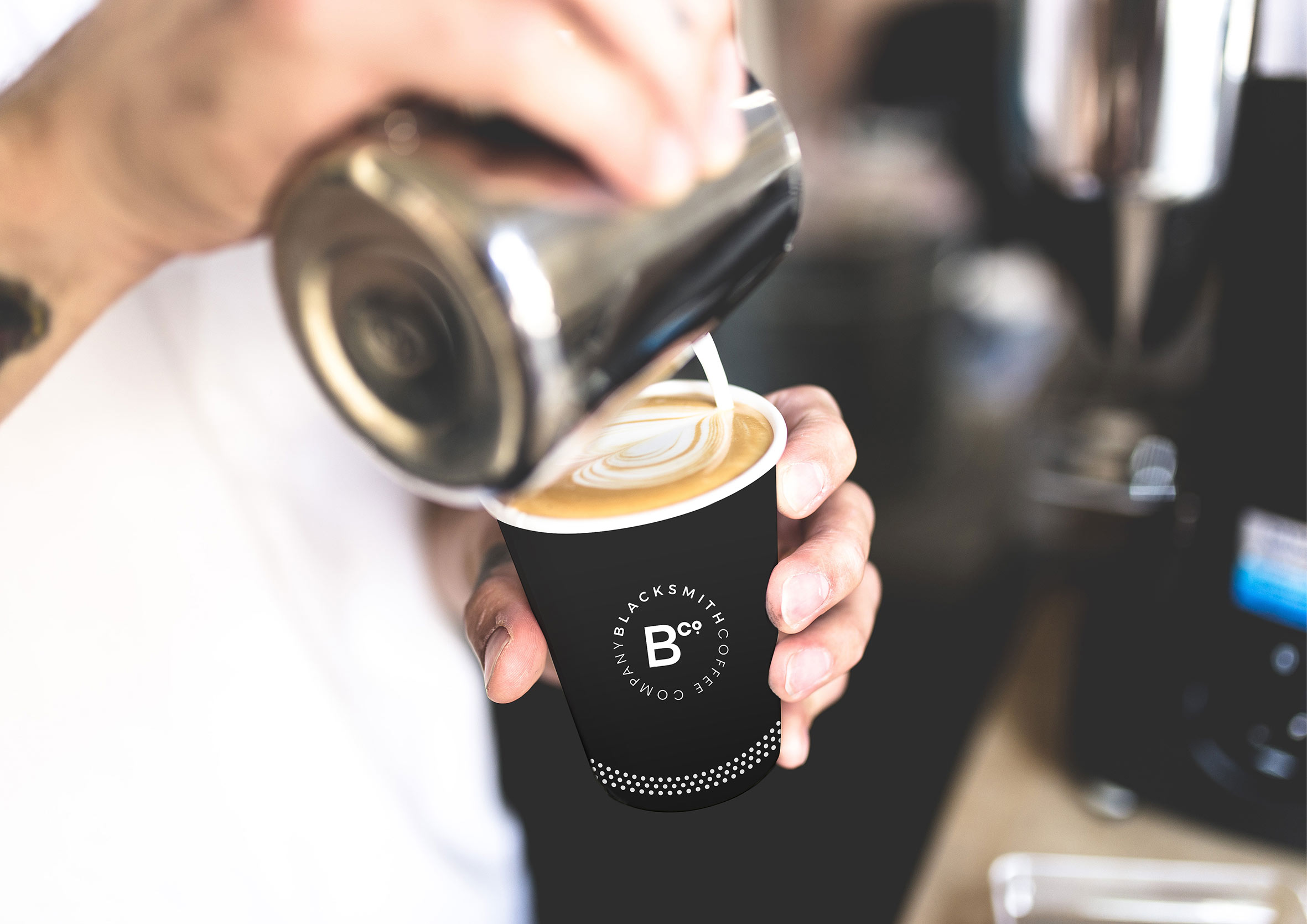 Blacksmith-identite-branding-coffee-paper-cup.jpg