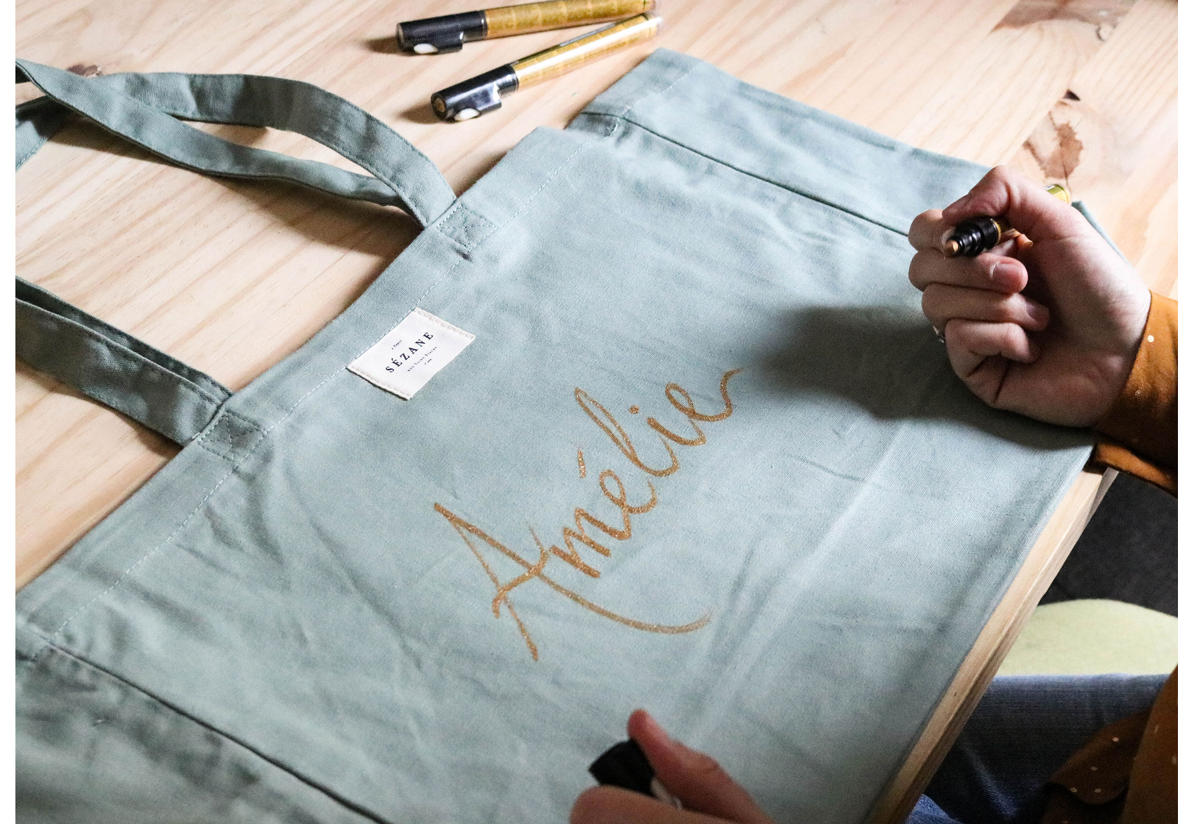 Ralanto-Studio_Ateliers_Calligraphie-evenement-tote-bag.jpg