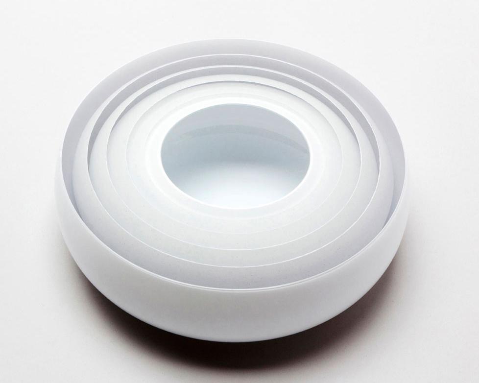 Multible-white-clear-layers.11x31cm.Tora-Urup-2014.jpg