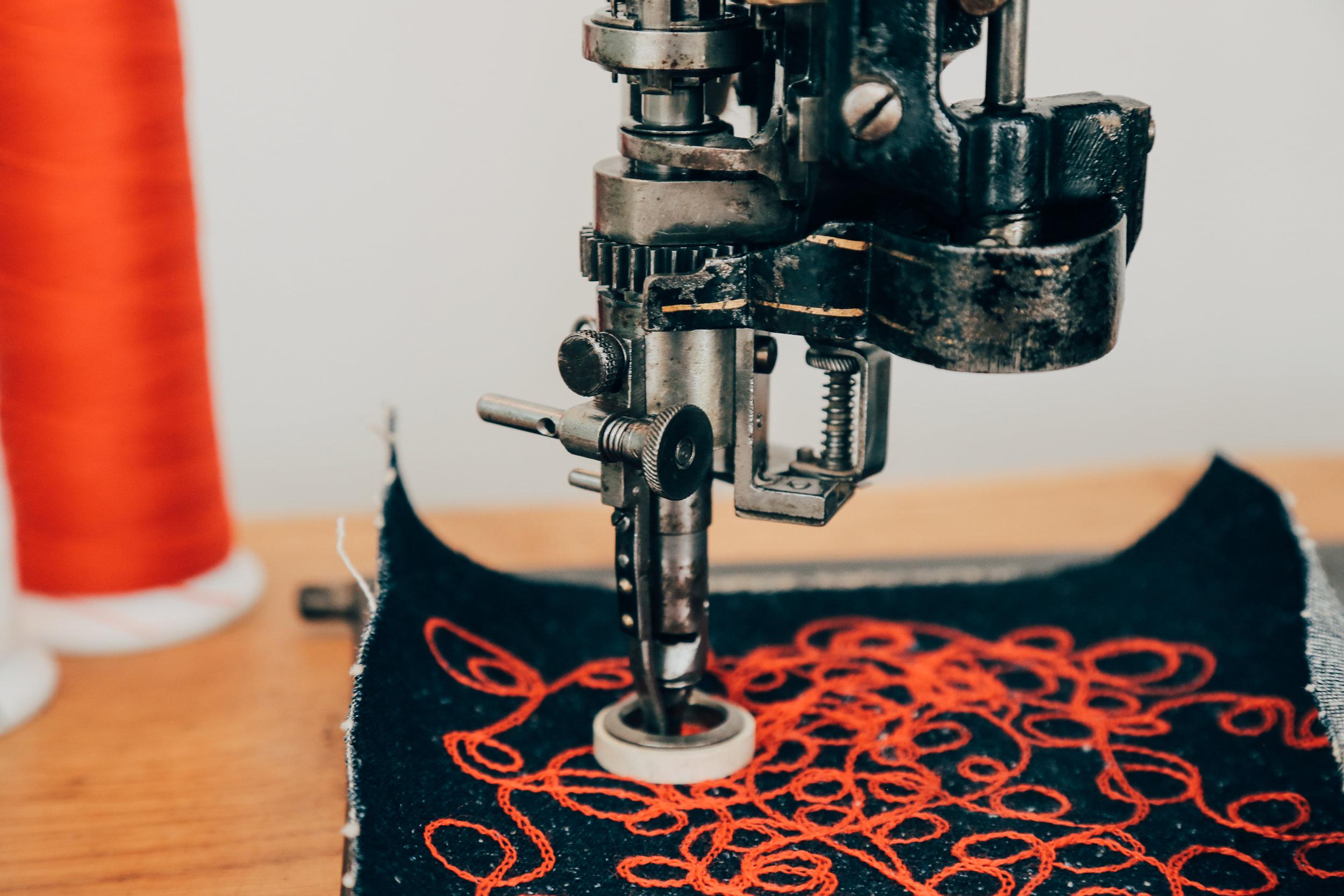 Lintz & Eckhardt 11 Cornely K vintage chain stitch embroidery machine 8