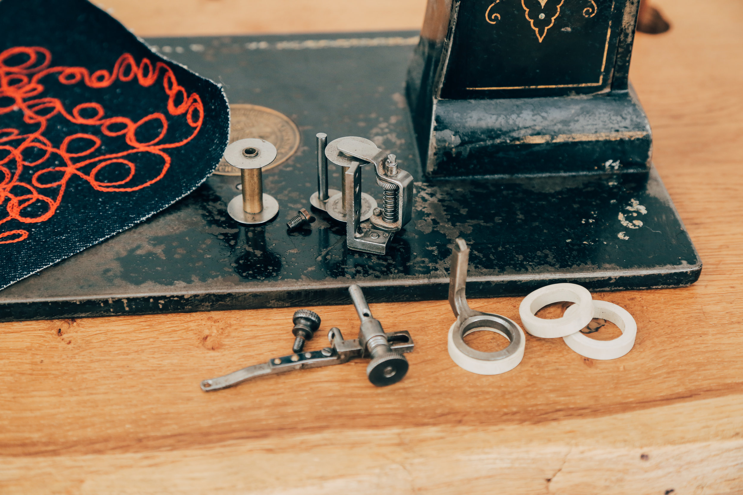 Lintz & Eckhardt 11 Cornely K vintage chainstitch embroidery machine 9